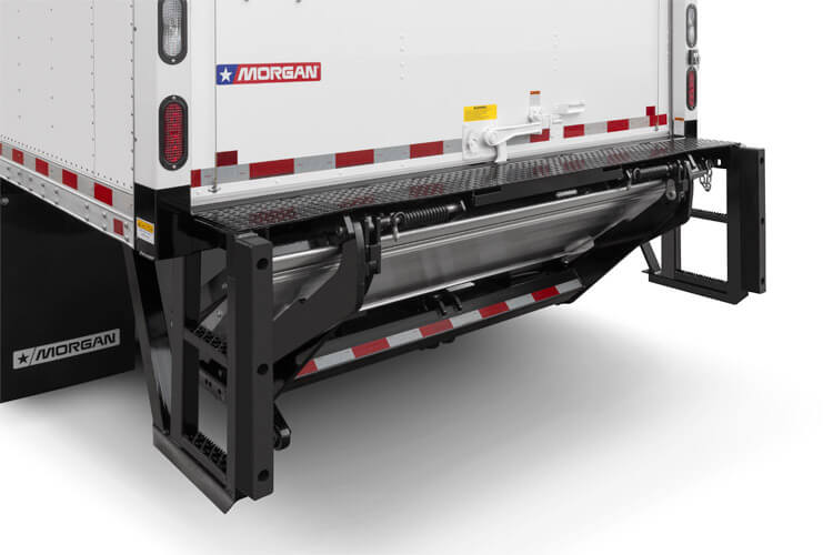Tuck Under Liftgate w/ Bumper Blocks